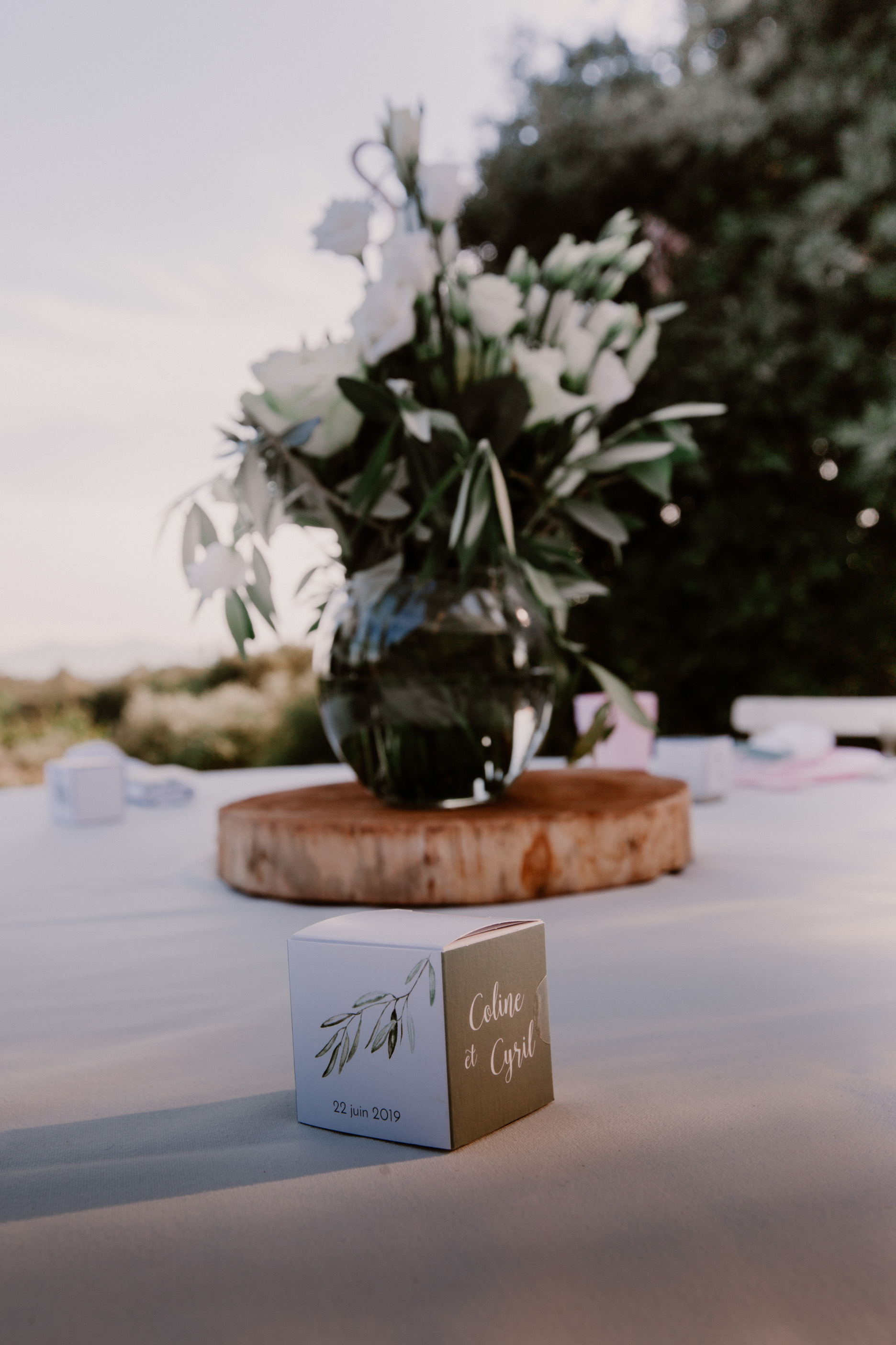 atelier traiteur marseille; mariage; provence; lorgues; chateau crostes; mademoiselle events; lorgues, vaucluse