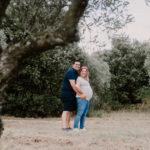 photographe grossesse avignon - séance photo de grossesse vaucluse - séance maternité en provence - photographe lifestyle famille provence - séance grossesse en extérieur vaucluse - lumière naturelle photographie